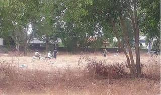 Nóng: Nghi án bé gái 5 tuổi bị xâm hại, tử vong trong bãi đất trống gần nhà
