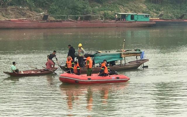 Nữ sinh lớp 10 gieo mình xuống sông Lam tự tử để lại dòng nhật ký đầy xót xa