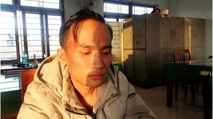 Quảng Ngãi: Khởi tố kẻ tra tấn 8 thiếu nữ trong quán karaoke