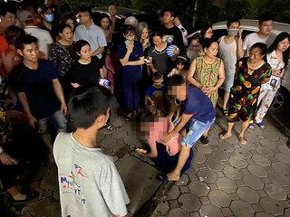 Hà Nội: Rơi từ tầng 24 chung cư, cháu bé 4 tuổi tử vong thương tâm