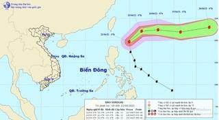 Siêu bão Surigae bất ngờ đổi hướng, di chuyển với vận tốc nhanh hơn