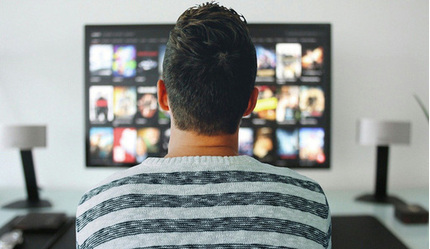 Chỉ ngồi không xem tivi kiếm 15 triệu đồng/tuần, việc nhẹ lương cao ai muốn thử?