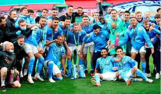 Man City lại vô địch Carabao Cup, HLV Guardiola chỉ ra