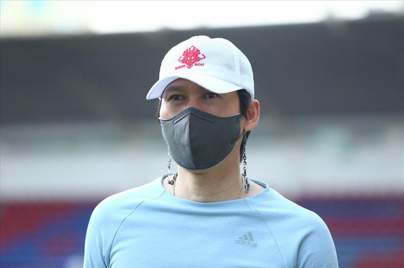 HLV Park Choong-kyun tiết lộ Hà Nội FC không bao giờ từ bỏ