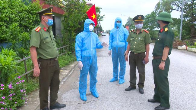 Đình chỉ Giám đốc Trung tâm Y tế huyện có ca siêu lây nhiễm