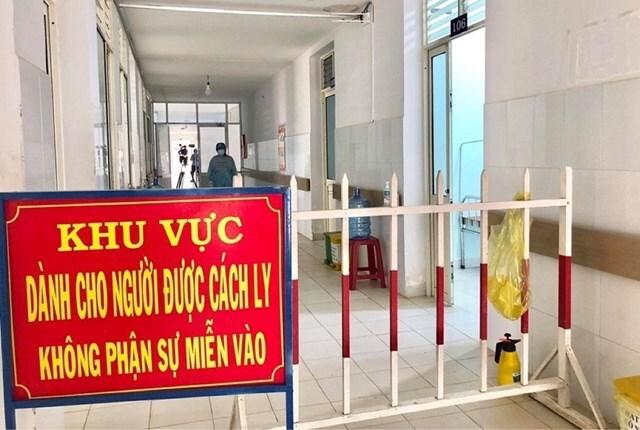 Một phụ nữ ở thị xã Điện Bàn, tỉnh Quảng Nam nghi nhiễm SARS-CoV-2