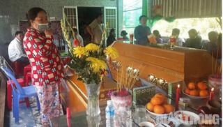 2 bé gái tử vong sau khi ăn cháo gà, uống nước ngọt đóng chai