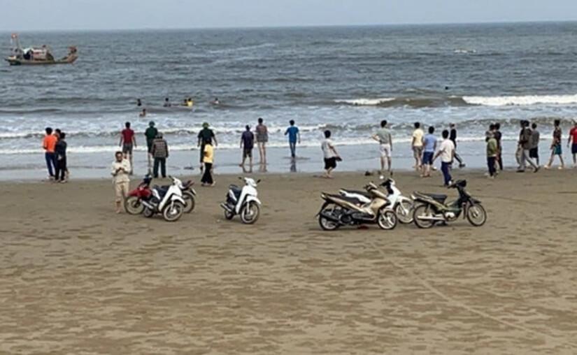 Xác định danh tính các học sinh ở Nam Định bị sóng biển cuốn trôi