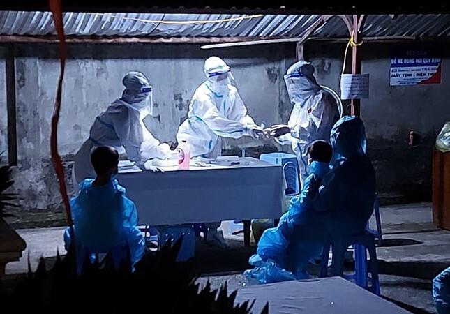 Thêm 2 cô giáo dương tính với SARS-CoV-2, một người sắp sinh con