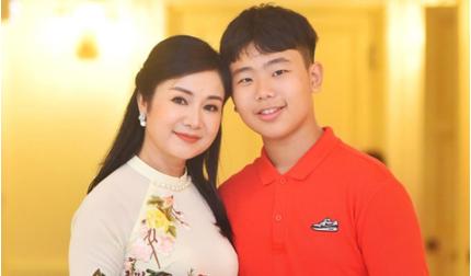 """Cuộc sống giàu sang, hôn nhân viên mãn của 3 """"biểu tượng nhan sắc Việt"""" những năm 90"""
