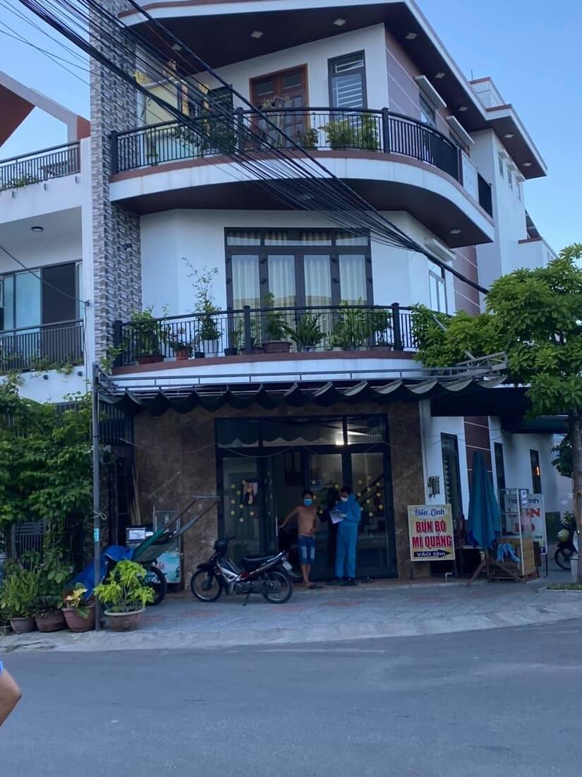 Chủ quán mỳ Quảng dương tính SARS-CoV-2, Đà Nẵng tìm khẩn người liên quan