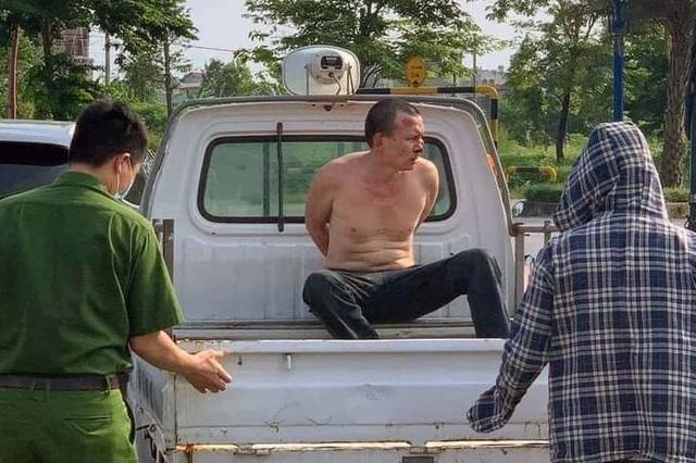 Lời kể của tài xế taxi bị cướp tấn công