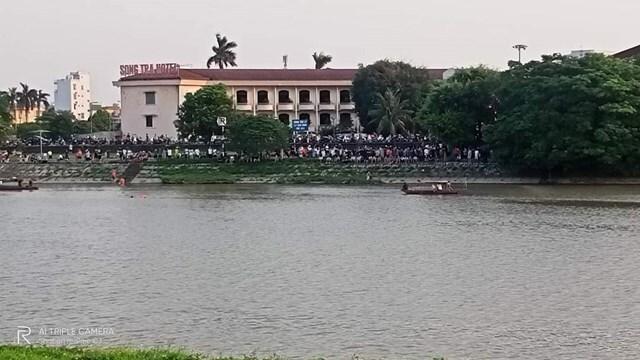 Nam sinh viên quê Thái Bình đuối nước, mất tích trên sông Trà Lý