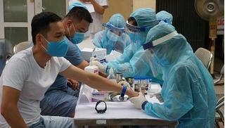 Đi khám vì đau tức ngực, nam thanh niên Hà Nội bất ngờ dương tính SARS-CoV-2