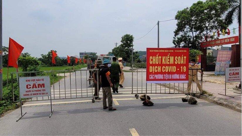 Nam công nhân mắc COVID-19 về từ ổ dịch ở Bắc Giang đi ăn thịt chó, tiếp xúc nhiều người