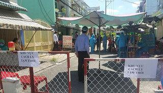 TP.HCM: Phong tỏa, cách ly 300 người dân quận Bình Tân vì có F1 của ca dương tính Covid-19 ở quận 3