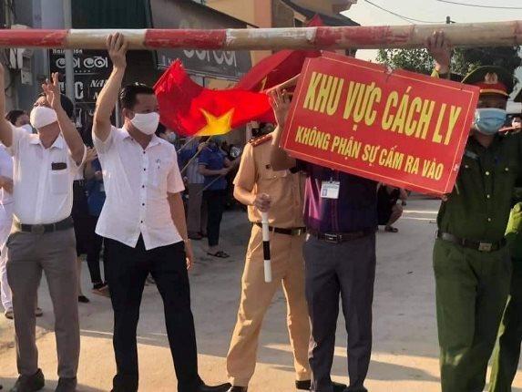 Dỡ bỏ phong tỏa 5 thôn liên quan đến ca mắc COVID-19 ở thị xã Hoàng Mai