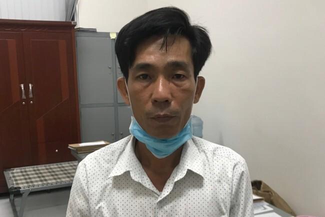 Nóng: Bắt kẻ dùng thẻ công vụ đặc biệt giả tiếp cận 5 người Trung Quốc