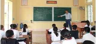 Trường lo lắng vì trò… thoát nghèo