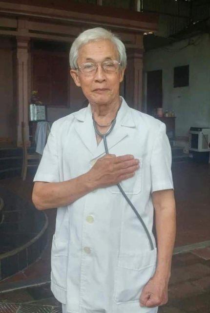 Xúc động lá đơn xin vào tuyến đầu chống dịch COVID-19 của bác sĩ 78 tuổi