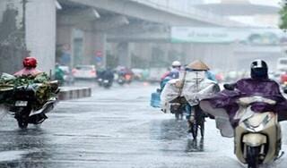 """Miền Bắc đón """"mưa vàng"""" giải nhiệt, miền Trung có nơi nắng nóng trên 39 độ C"""