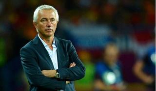 UAE đè bẹp Malaysia, HLV Van Marwijk chỉ ra bí quyết thành công