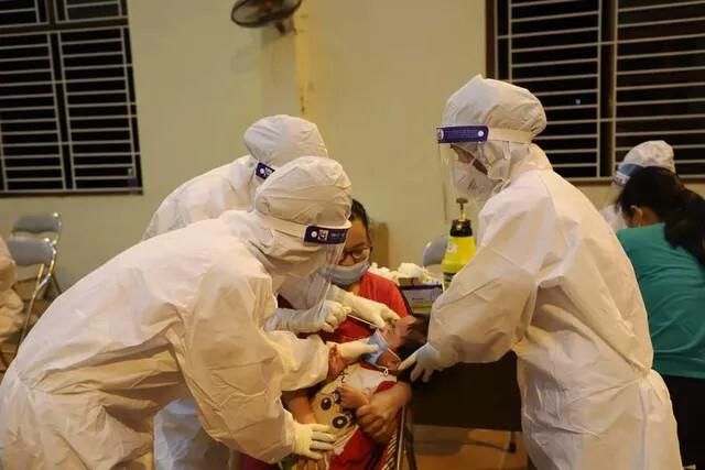 Xét nghiệm SARS-CoV-2 cho toàn bộ người dân Thuận Thành và TP Bắc Ninh