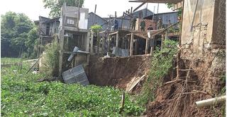 Sạt lở nghiêm trọng tại sông Châu Đốc - An Giang, 6 hộ dân phải di dời khẩn cấp
