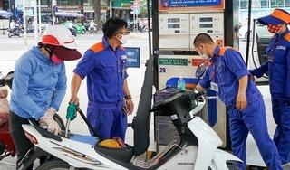 Giá xăng tăng mạnh từ 15h chiều nay, lên mức cao nhất trong vòng 16 tháng