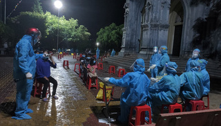 Hà Tĩnh phát hiện thêm 2 ca dương tính Covid-19, tạm thời phong tỏa 274 hộ dân