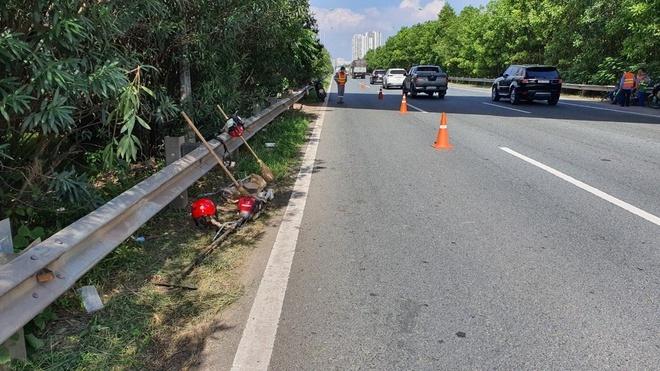 Truy tìm tài xế ô tô tông chết nam công nhân trên đại lộ Thăng Long rồi bỏ chạy