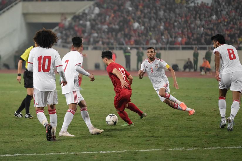 Tuyển Việt Nam mất oan một quả Penalty