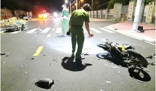 Xe máy va chạm kinh hoàng trong đêm, 2 người tử vong