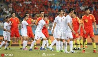 Báo Trung Quốc muốn đội nhà đánh bại tuyển Việt Nam, trả nợ cho đội trẻ