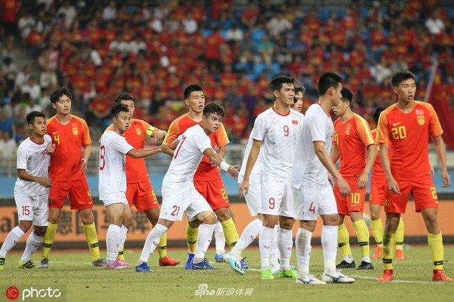 Báo Trung Quốc muốn đội nhà đánh bại tuyển Việt Nam để trả nợ cho đội trẻ