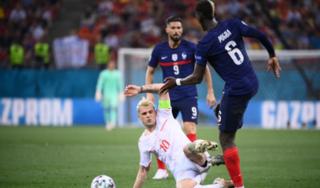 Pháp thua đau Thụy Sĩ, HLV Deschamps nhắc đến