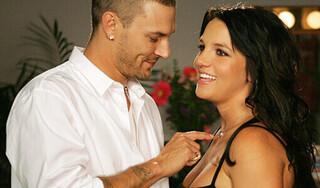 Chồng cũ Britney Spears lên tiếng về scandal bị lạm dụng của vợ cũ