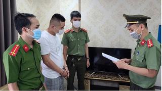 Người đàn ông Trung Quốc tự thú sau 8 tháng nhập cảnh trái phép