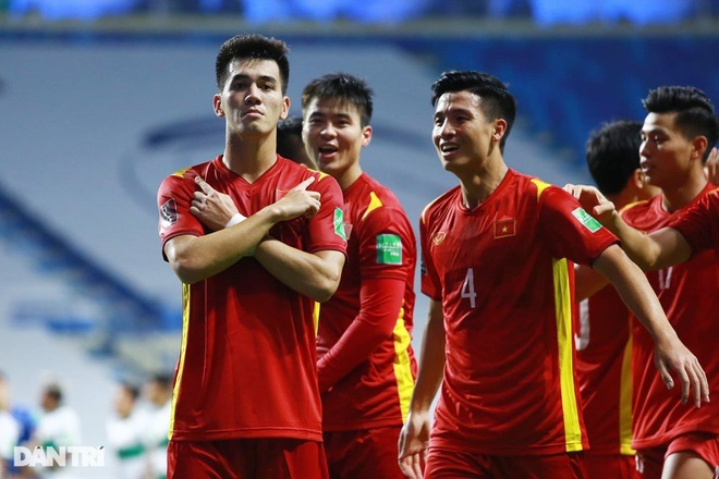 Báo Trung Quốc chỉ ra cầu thủ Việt Nam sức chơi bóng ở châu Âu