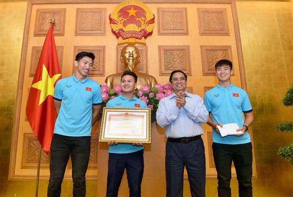 Đội tuyển Việt Nam được thủ tướng trao bằng khen
