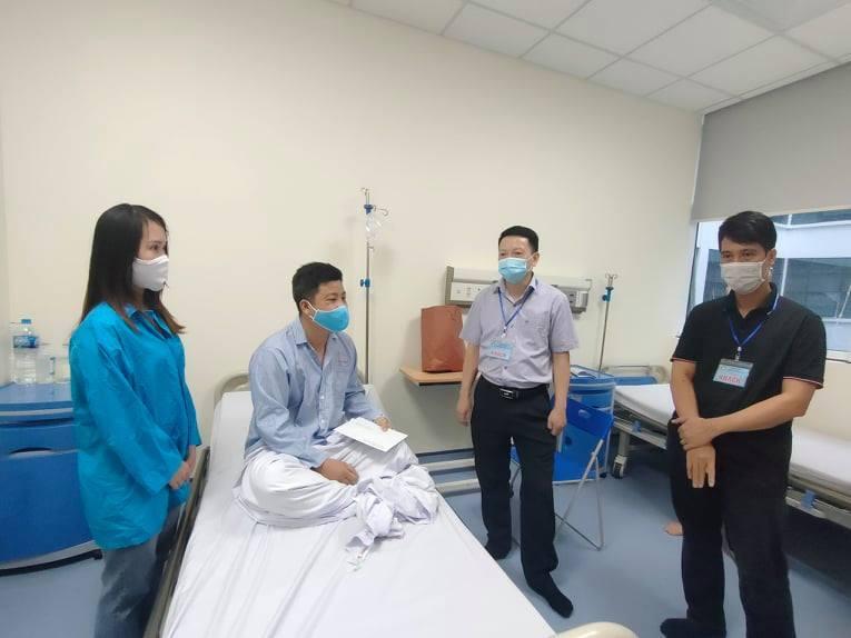 Phó trưởng Công an xã ở Hà Nội bị đánh nhập viện trong đêm khi đi nhắc nhở phòng dịch Covid-19
