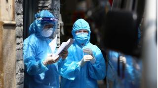 Hai mẹ con tại Hà Nội mắc Covid-19, chưa rõ nguồn lây