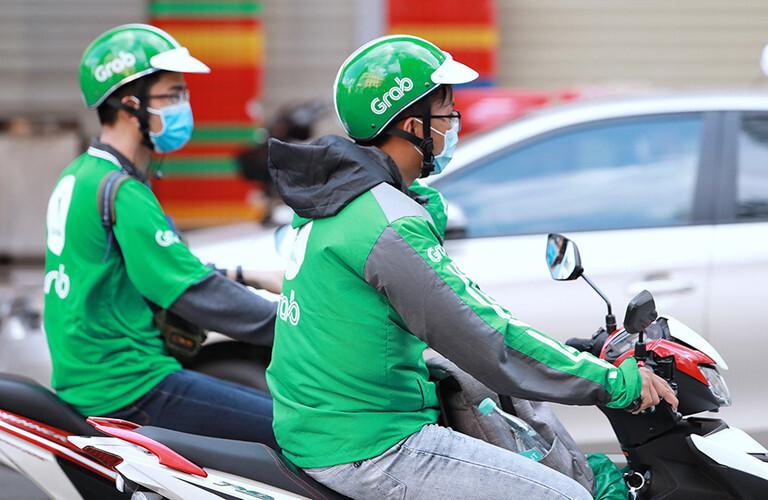 Hà Nội tạm dừng một số dịch vụ xe công nghệ
