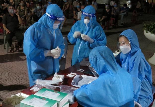 Nghệ An ghi nhận 4 trường hợp dương tính với SARS-CoV-2