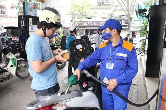 Từ 15h chiều 27/7, giá xăng dầu đồng loạt giảm nhẹ