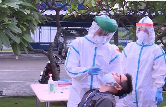 Hà Nội ghi nhận thêm 13 trường hợp dương tính với SARS-CoV-2, có 9 ca trong cộng đồng