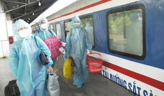 Hàng nghìn người dân Hà Nam từ vùng có dịch Covid-19 về quê bằng tàu hỏa