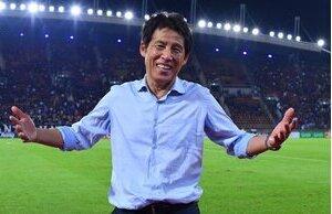 HLV Nishino 'vớ bẫm' khi chia tay đội tuyển Thái Lan