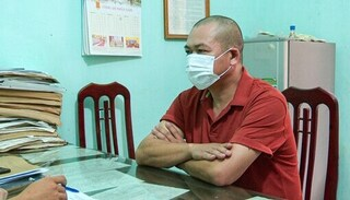 Lái xe sử dụng giấy xét nghiệm âm tính giả để 'thông chốt' vào Nam Định