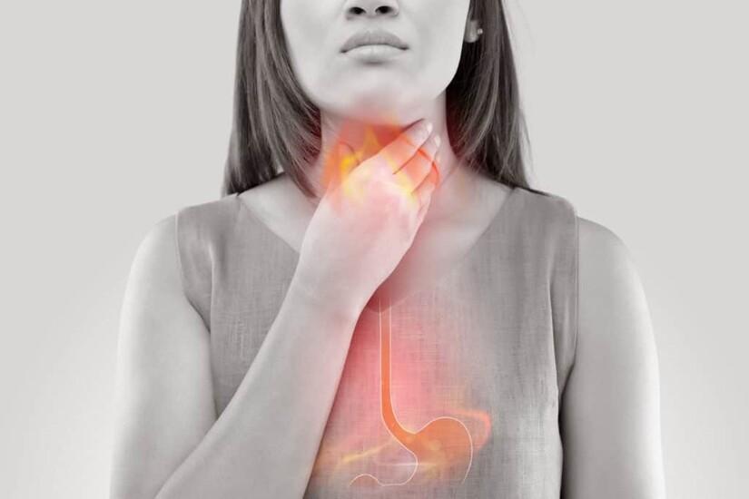đau họng khi nuốt